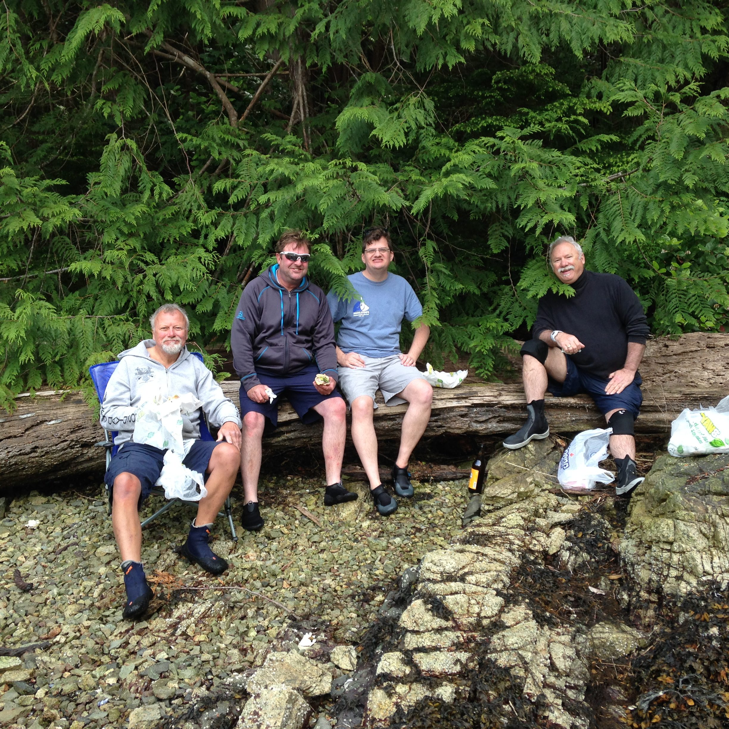 Thomas, Ken, Robert and Kevin on the late lunch break at the Sechelt Inlets Marine Provincial Park